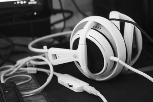 auriculares gaming de PC con cables